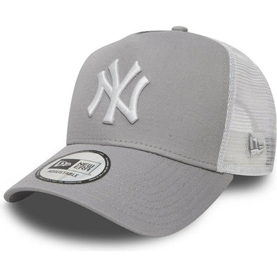 New Era - Clean Trucker Cap. NEW YORK YANKEES. GREY/WHITE. OSFA.