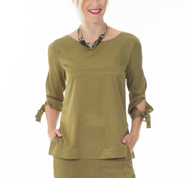 Hanne open sleeve blouse - Khaki green