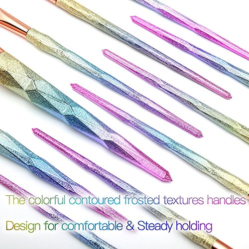 Beautiful unicorn make up brushes, rainbow hued bristles, pastel coloured hued handles. 10 pieces per set.