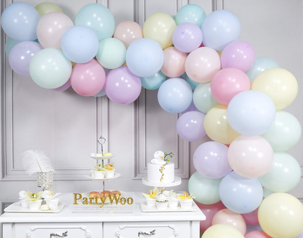 pastel colour balloons for unicorn party