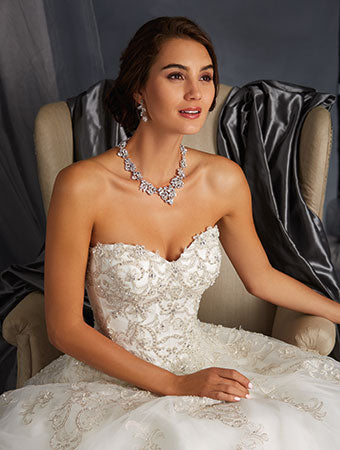 5 Tips to choose wedding jewellery that matches your wedding dress