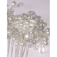 Deluxe Crystal & Pearl Flower Hair Decoration