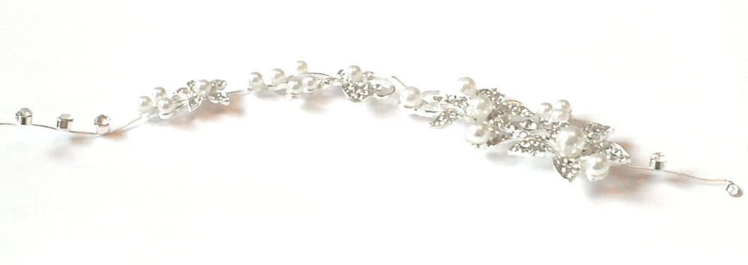 Floral Crystal & Pearl Hair Vine, Perfect to wear at a wedding or other special occasion