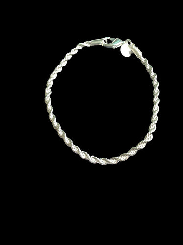 Rope Design Bracelet, An exquisite Silver toned bracelet which will define and add sophistication to any outfit and occasion