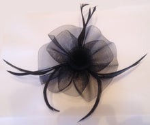 Black Fascinator, Suitable for any occasion including cocktail parties, a day at the races, corporate events, funerals and other formal occasions