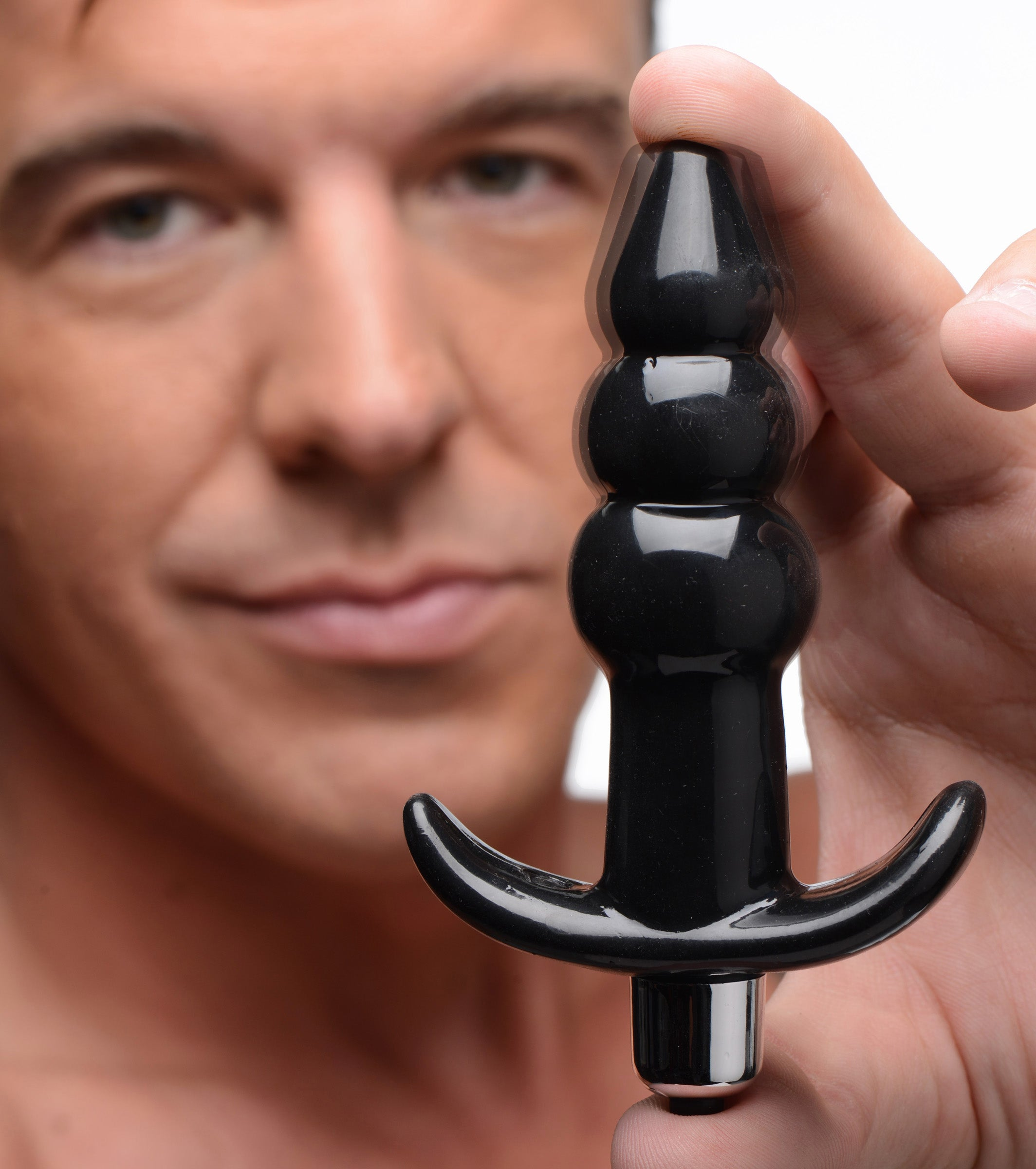 Ribbed Vibrating Butt Plug - Black