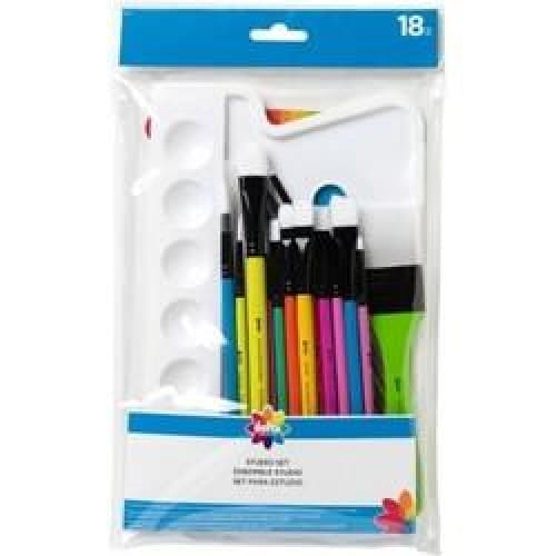 Delta 18-pieces Stencils Studio Brush Set - Keuka Outlet