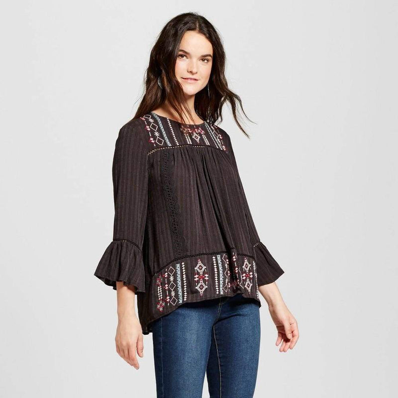 Women's Embroidered Dobby Stripe Top - Keuka Outlet