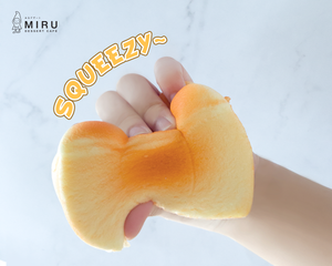 Squishy Toast (Scented with Honey Flavour)