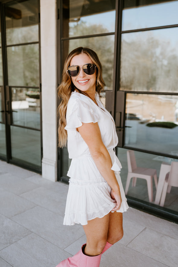 The rose gold leopard Hollis Brush Holder is the perfect size to keep your makeup brushes safe while traveling.