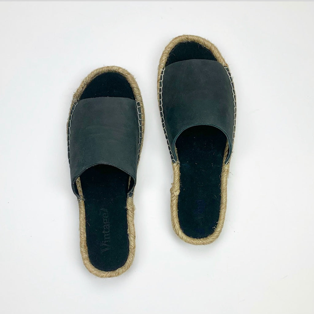Sausalito Sandals in Navy/Charcoal