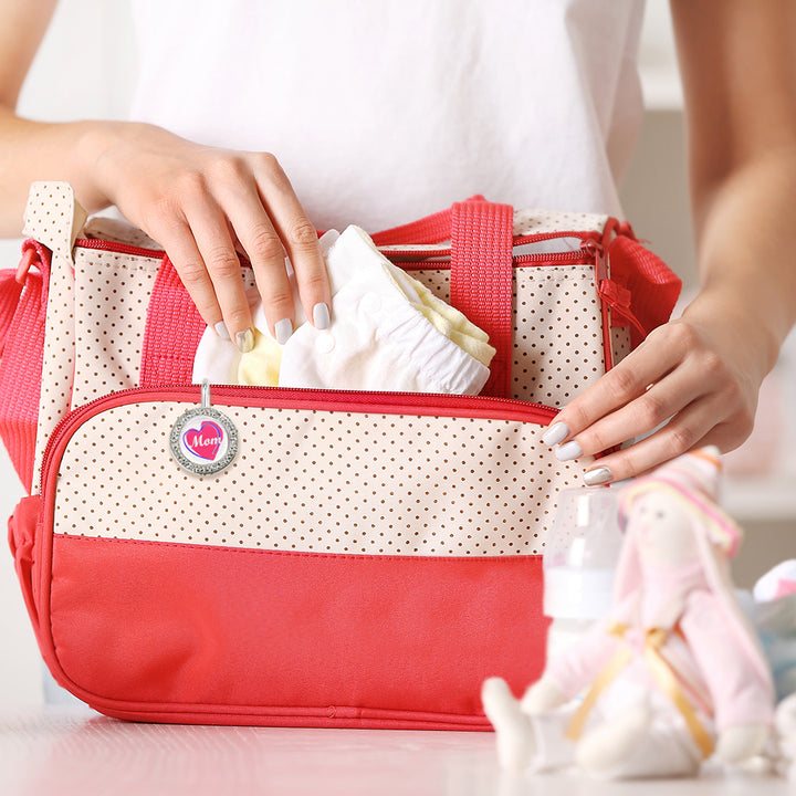 Everything You Need to Pack in a Diaper Bag