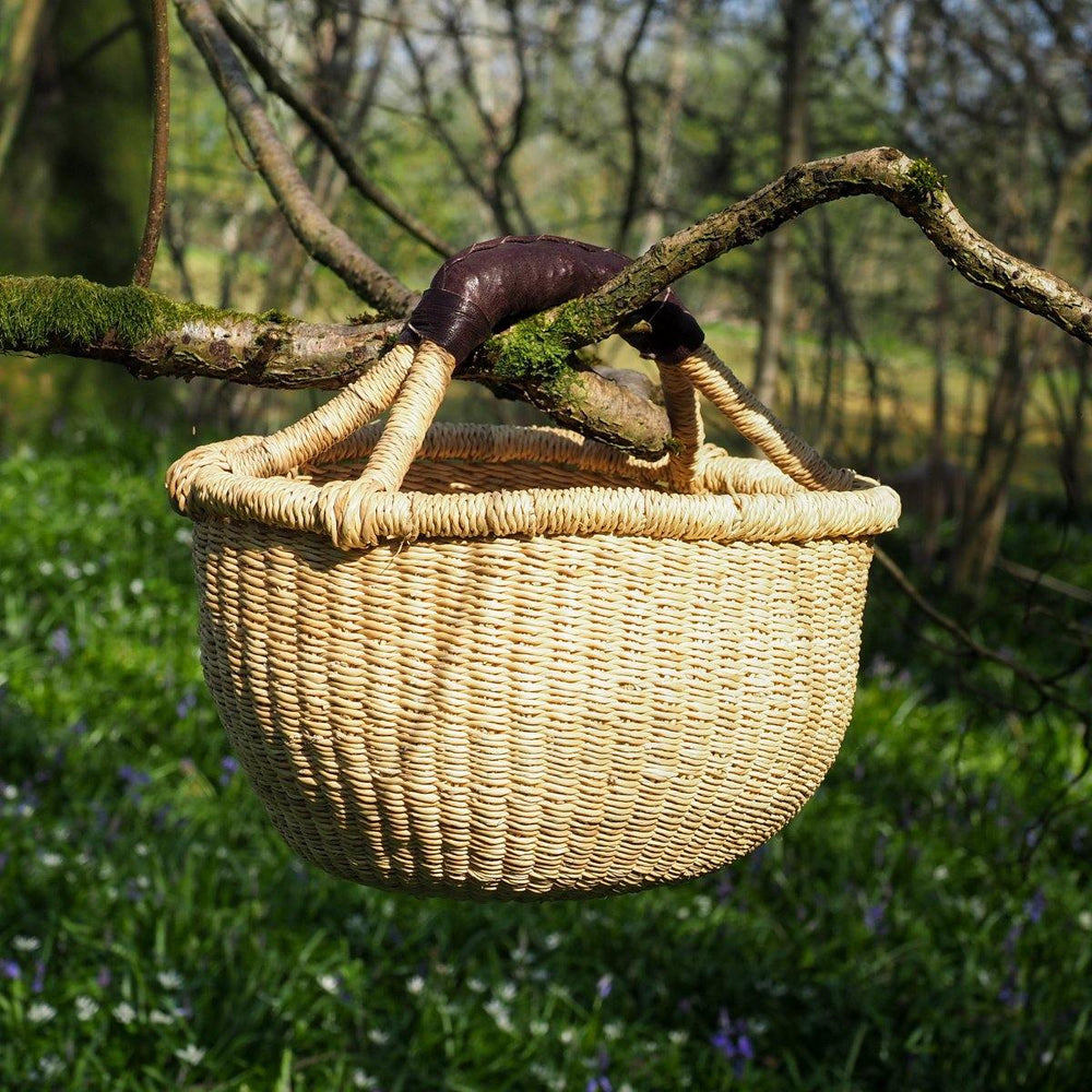 Load image into Gallery viewer, Baby Bolga Basket - Natural with Leather Handle