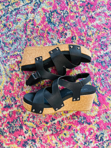 Shore Black Wedges