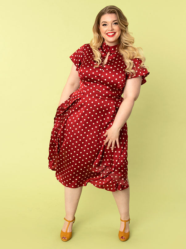 Shop 1940s dresses and clothing