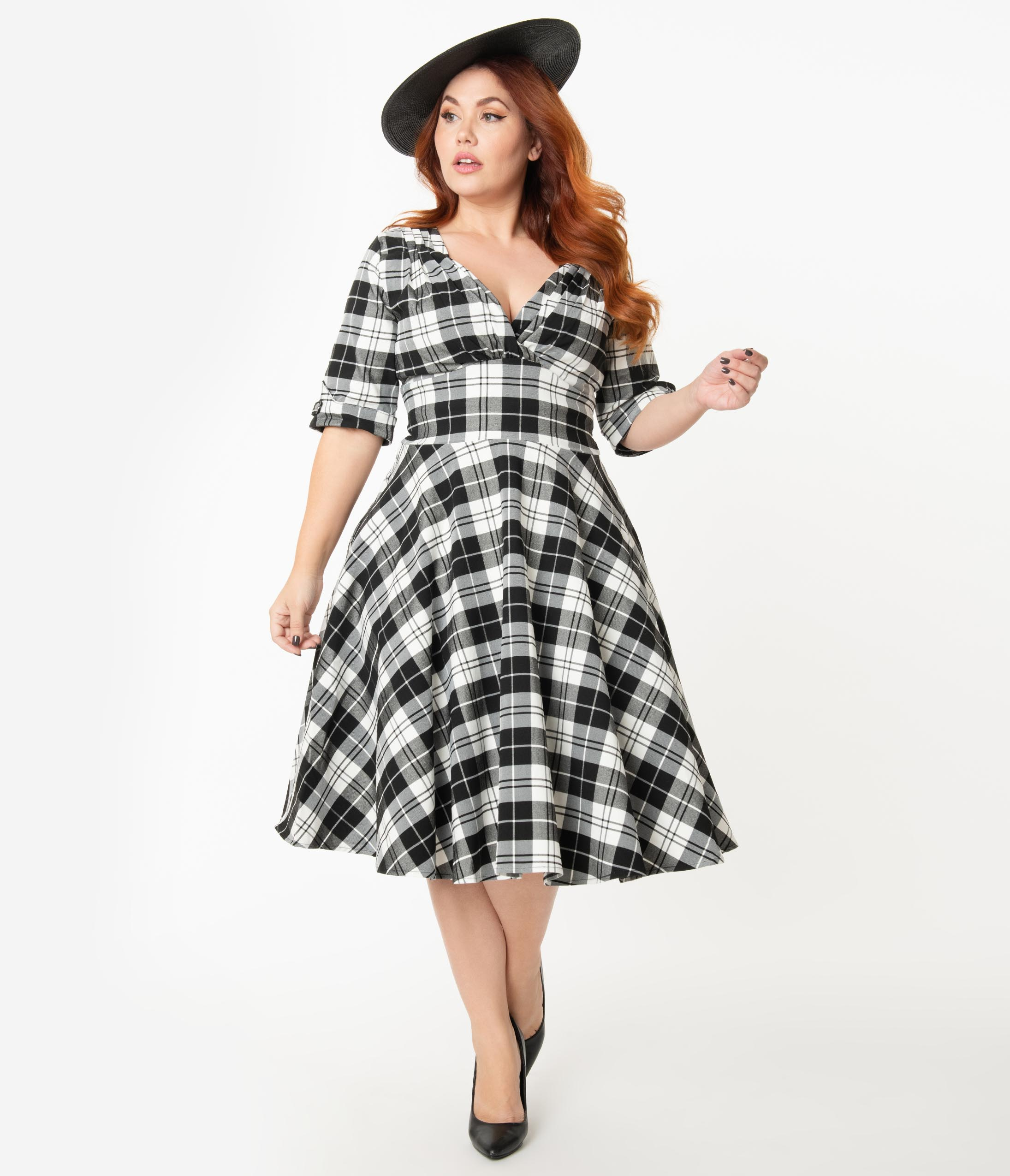 1950s Plus Size Dresses, Swing Dresses Unique Vintage Plus Size 1950S Black  White Plaid Delores Swing Dress With Sleeves $98.00 AT vintagedancer.com