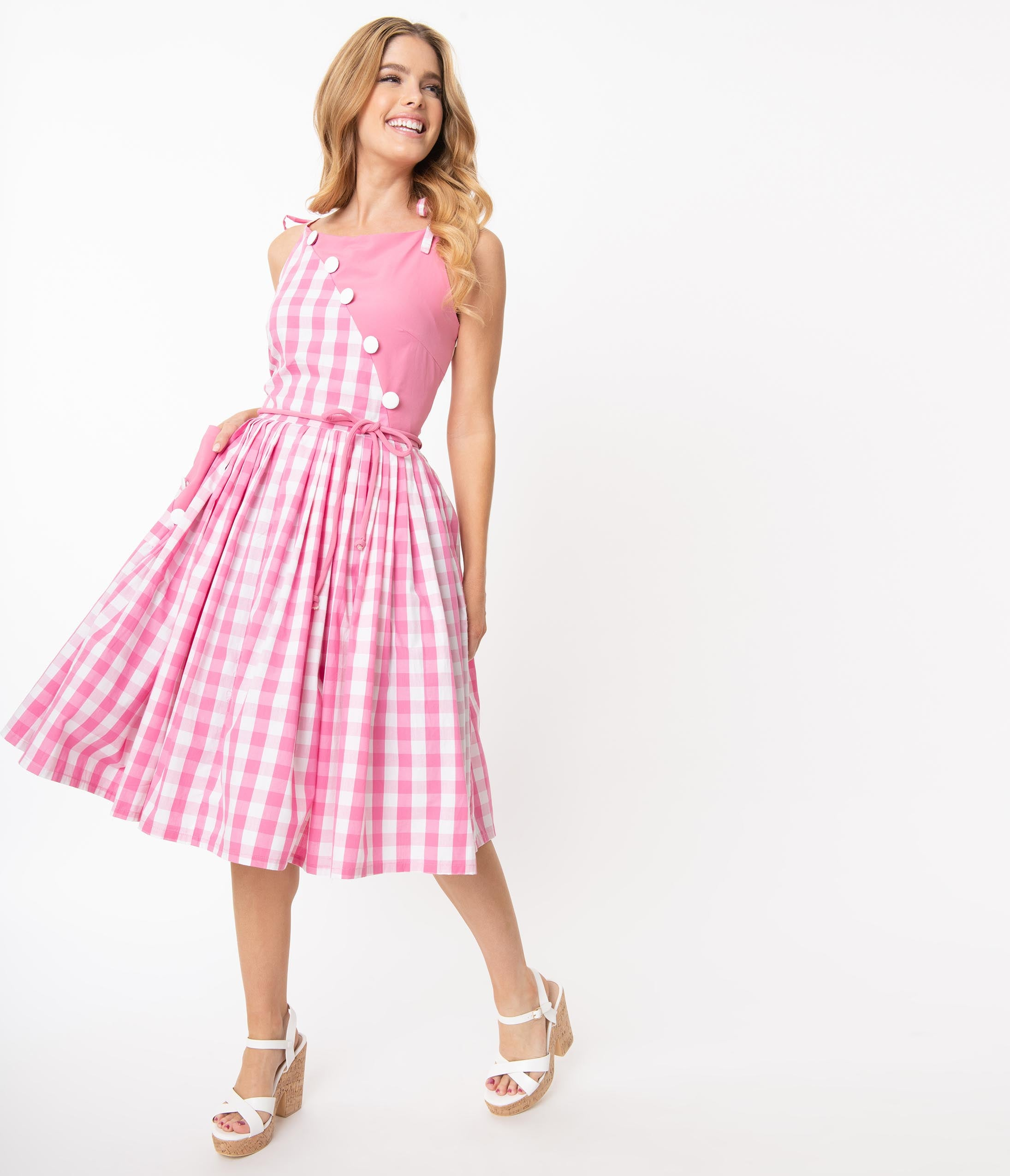 500 Vintage Style Dresses for Sale | Vintage Inspired Dresses Unique Vintage 1950S Light Pink  White Gingham Hamilton Swing Dress $98.00 AT vintagedancer.com