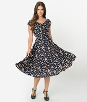 Modest V-neck Cap Sleeves Floral Print Swing-Skirt Fitted Vintage Back Zipper Dress