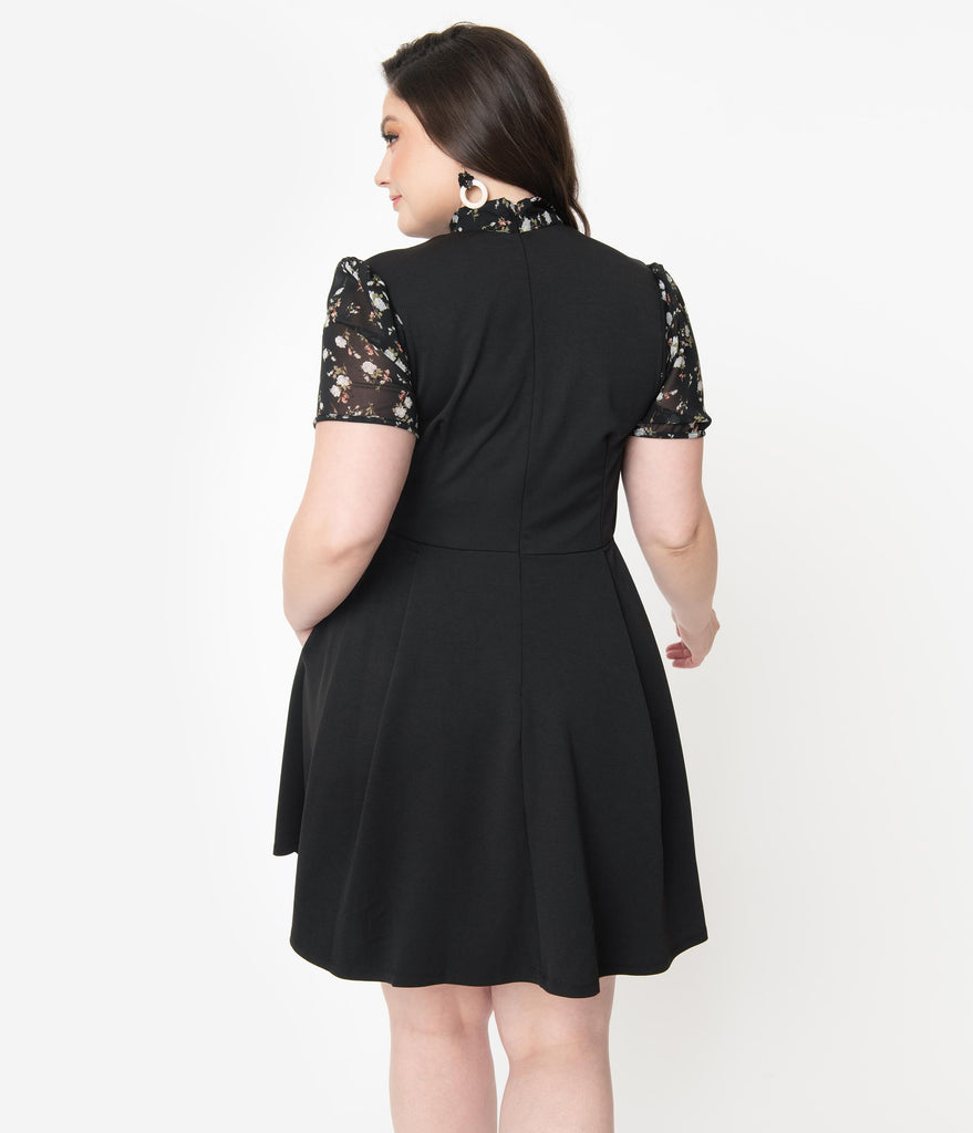 Smak Parlour Plus Size Black & Floral Collar Empower Hour Fit & Flare Dress
