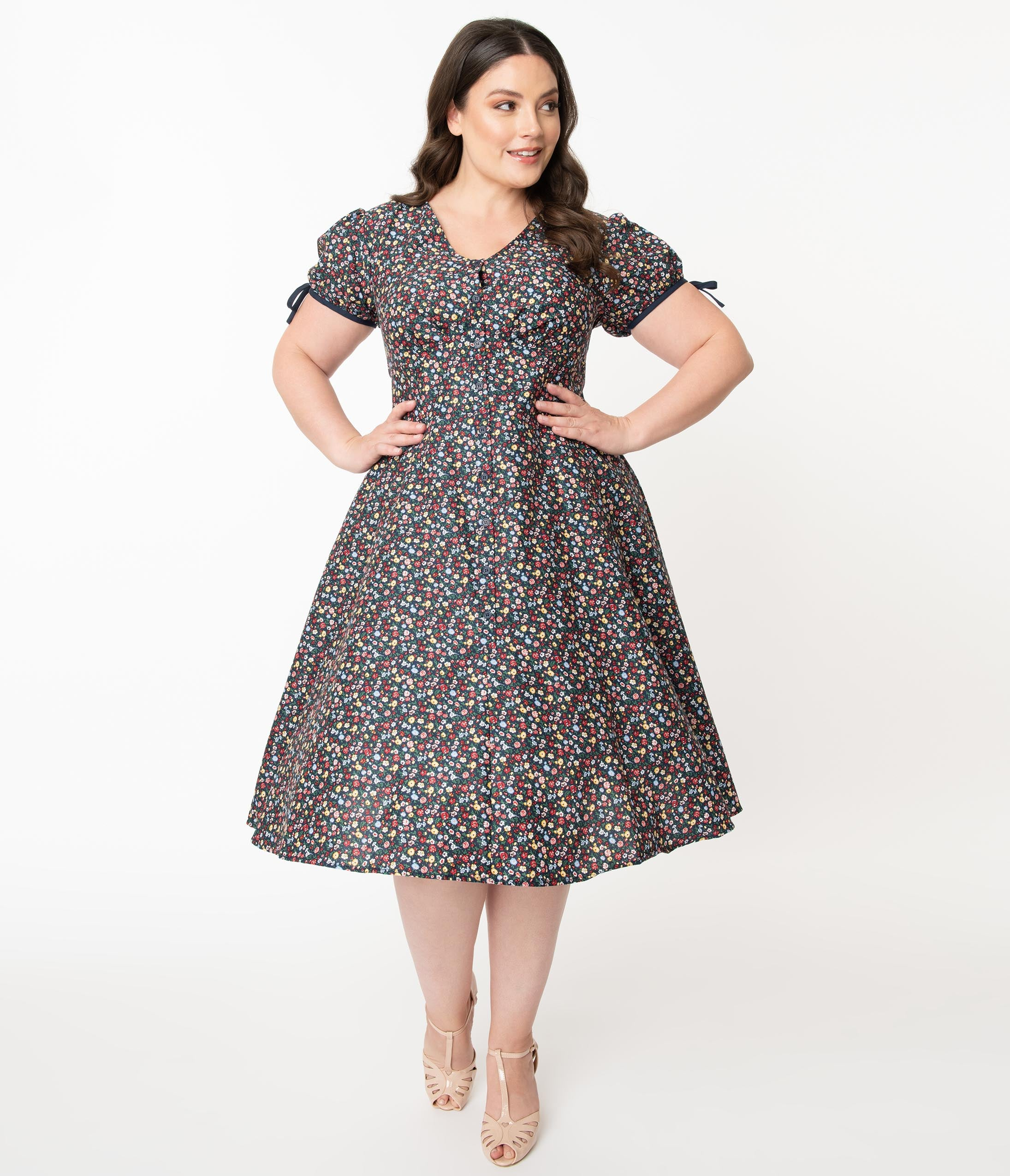 1950s Plus Size Dresses, Swing Dresses Unique Vintage Plus Size Multicolor Floral Garden Print Dora Swing Dress $78.00 AT vintagedancer.com