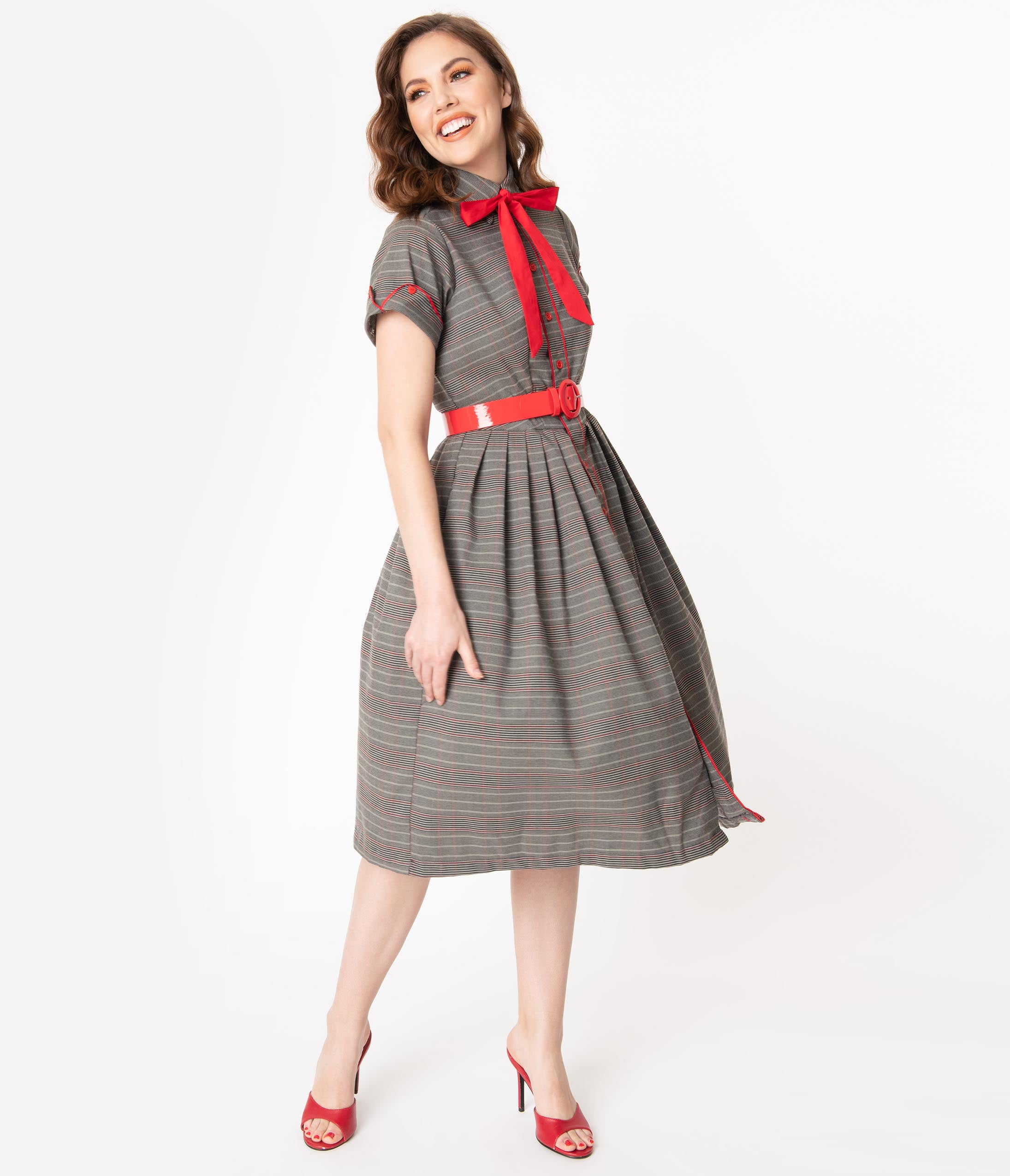 50 Vintage Inspired Clothing Brands & Stores 1950S Style Grey Plaid Button Up Swing Dress $118.00 AT vintagedancer.com