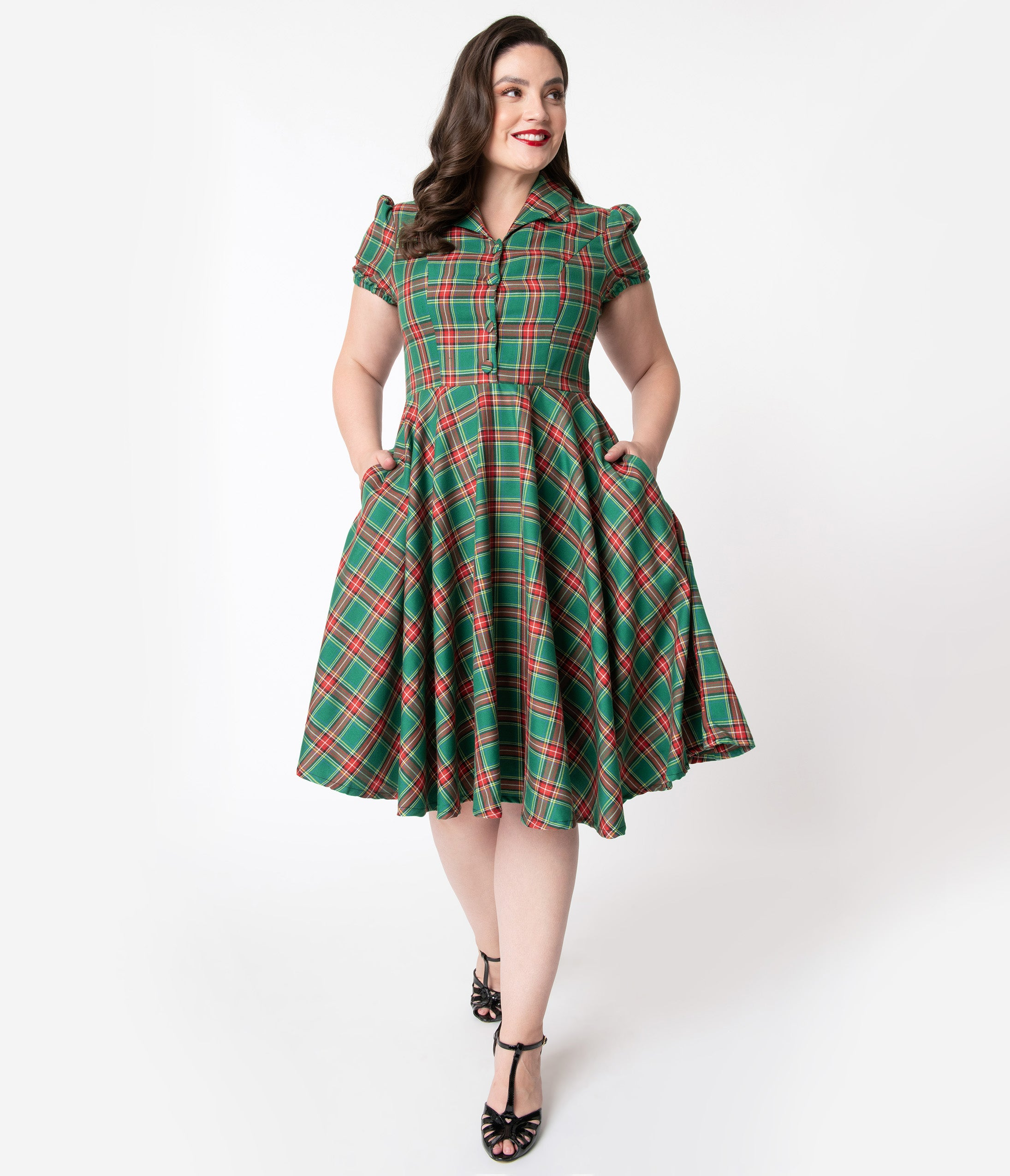 1940s Plus Size Fashion: Style Advice from 1940s to Today Plus Size 1950S Style Red  Green Holiday Plaid Mona Swing Dress $78.00 AT vintagedancer.com