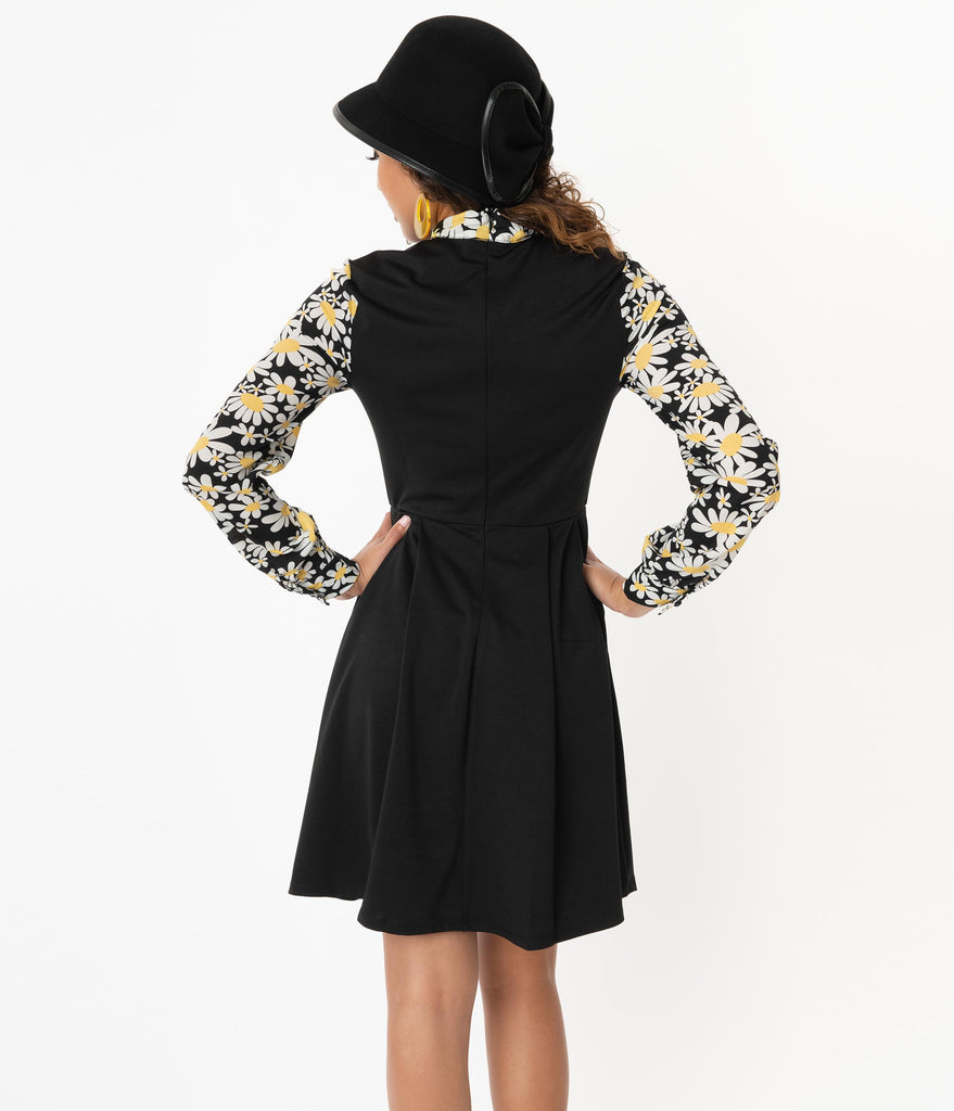 Smak Parlour Black & Daisy Floral She.E.O. Fit & Flare Dress