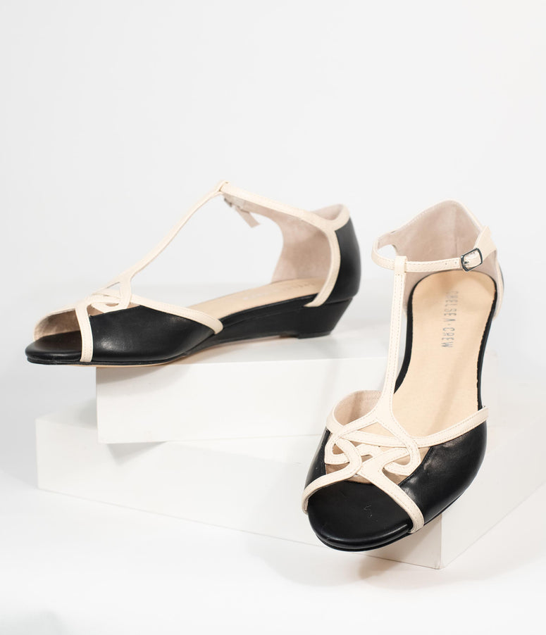 30s Ivy Black and Gold T strap Peeptoe Pumps