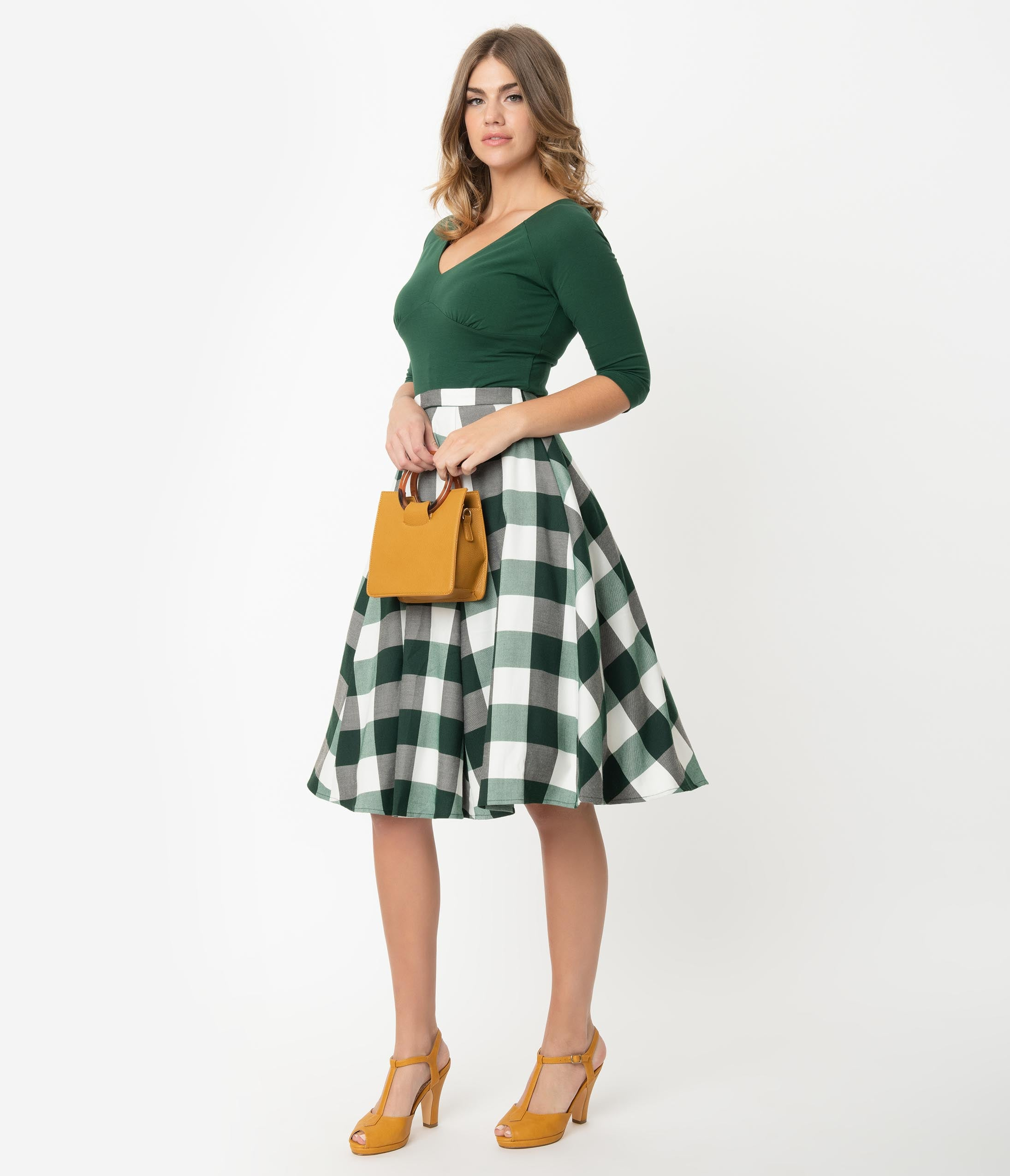 Retro Skirts: Vintage, Pencil, Circle, & Plus Sizes Collectif 1950S Style Green  White Gingham Matilde Swing Skirt $52.00 AT vintagedancer.com