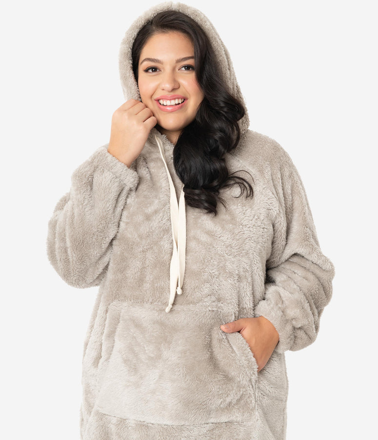 Plus Size Light Grey Plush Pullover Hoodie