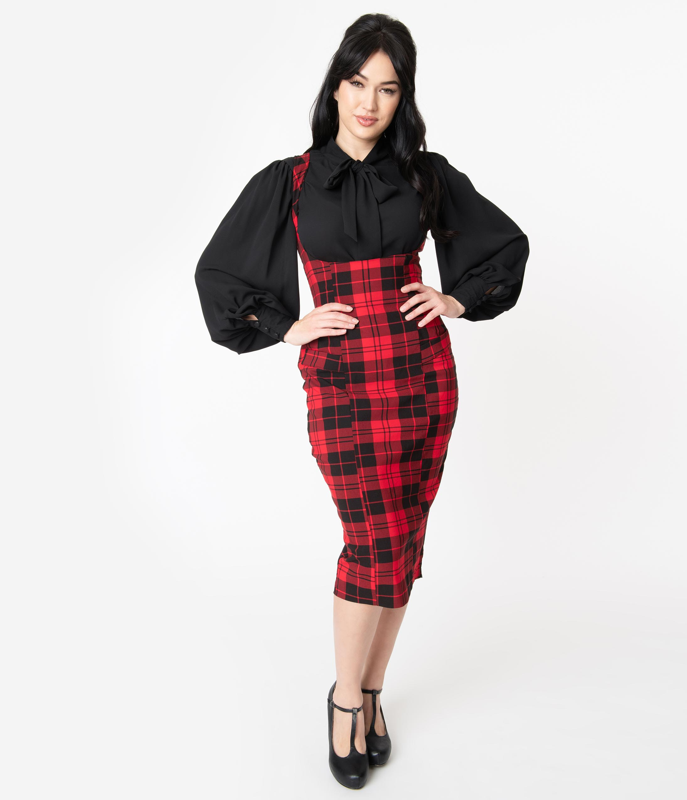 1950s Swing Skirt, Poodle Skirt, Pencil Skirts Unique Vintage Red  Black Plaid Fontaine Suspender Pencil Skirt $78.00 AT vintagedancer.com