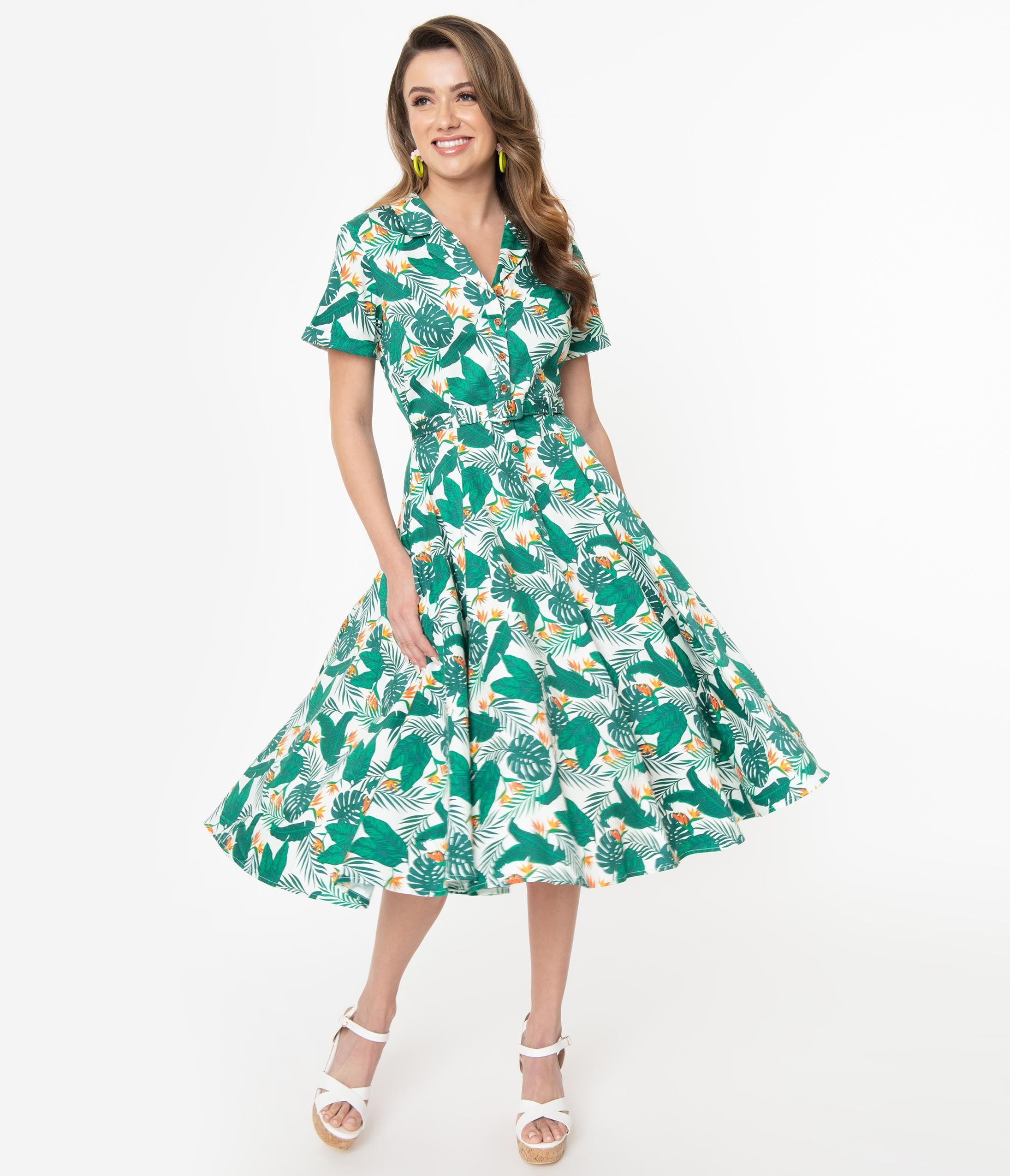 1950s Swing Dresses | 50s Swing Dress Collectif Birds Of Paradise Print Caterina Swing Dress $92.00 AT vintagedancer.com
