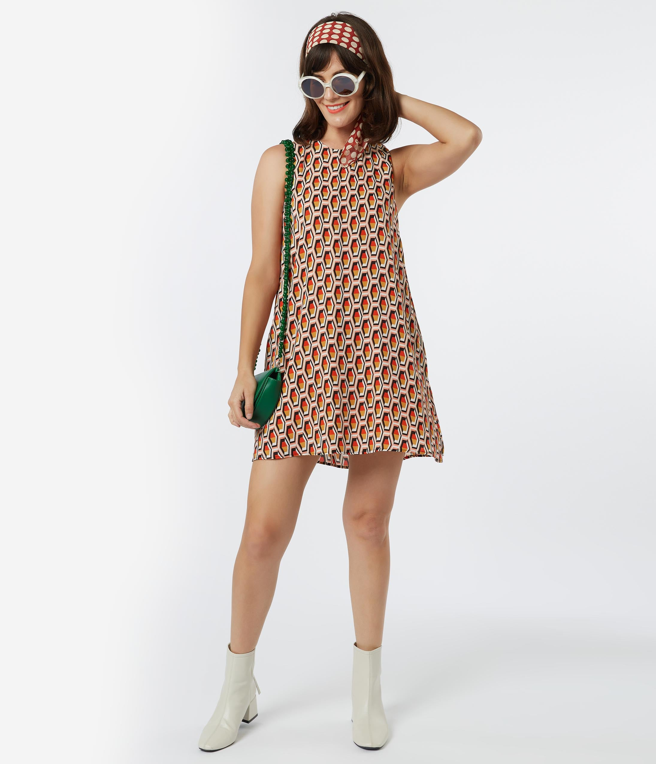 Vintage Style Dresses | Vintage Inspired Dresses 1960S Style Honeycomb Print Shift Dress $88.00 AT vintagedancer.com