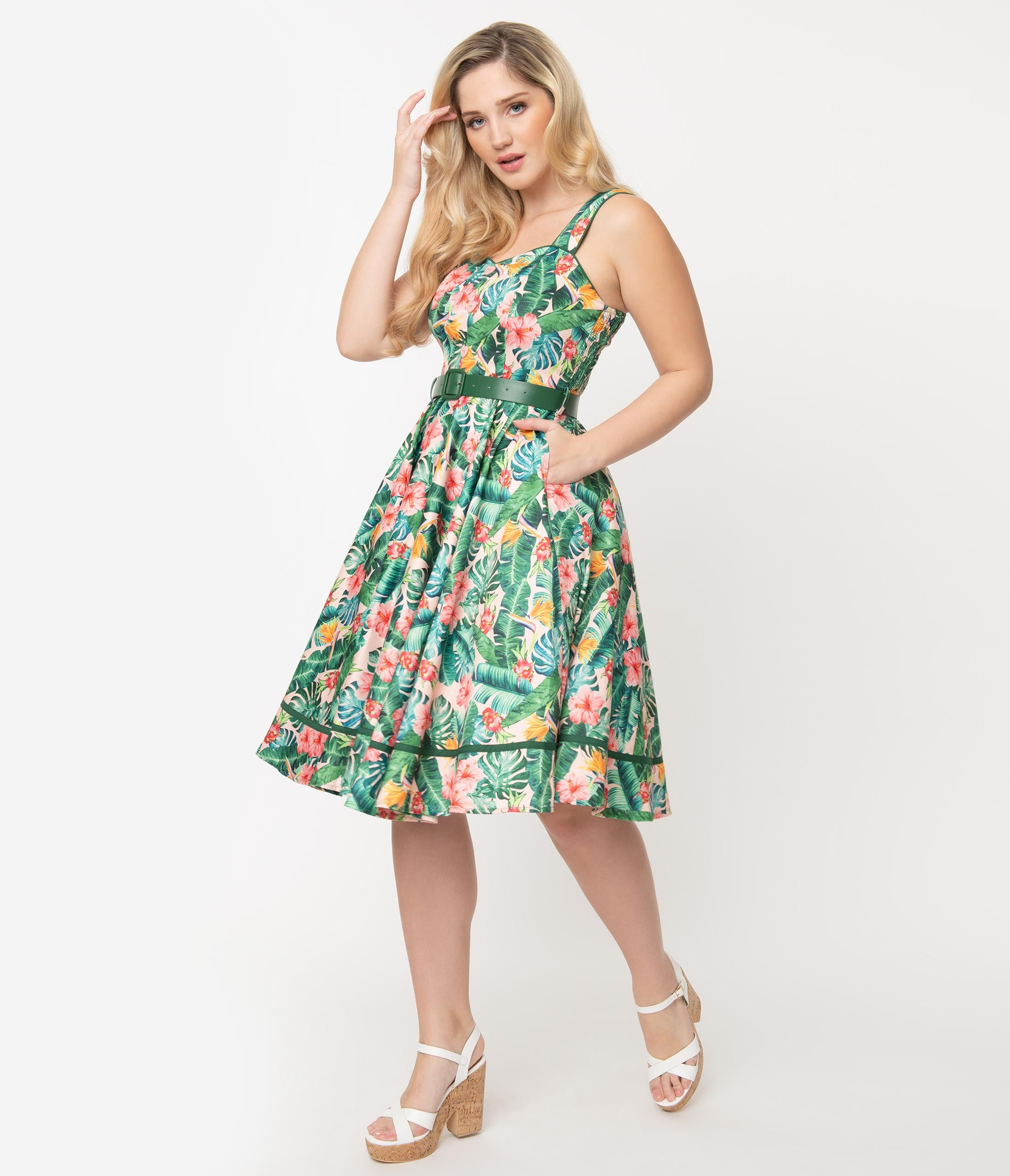 1950s Swing Dresses | 50s Swing Dress Voodoo Vixen 1950S Style Tropical Print Swing Dress $88.00 AT vintagedancer.com