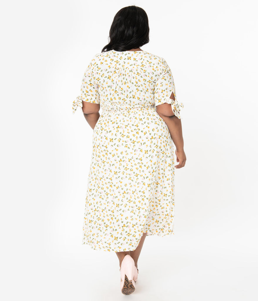 Plus Size 1970s Style Ivory & Yellow Delicate Floral Print Midi Dress