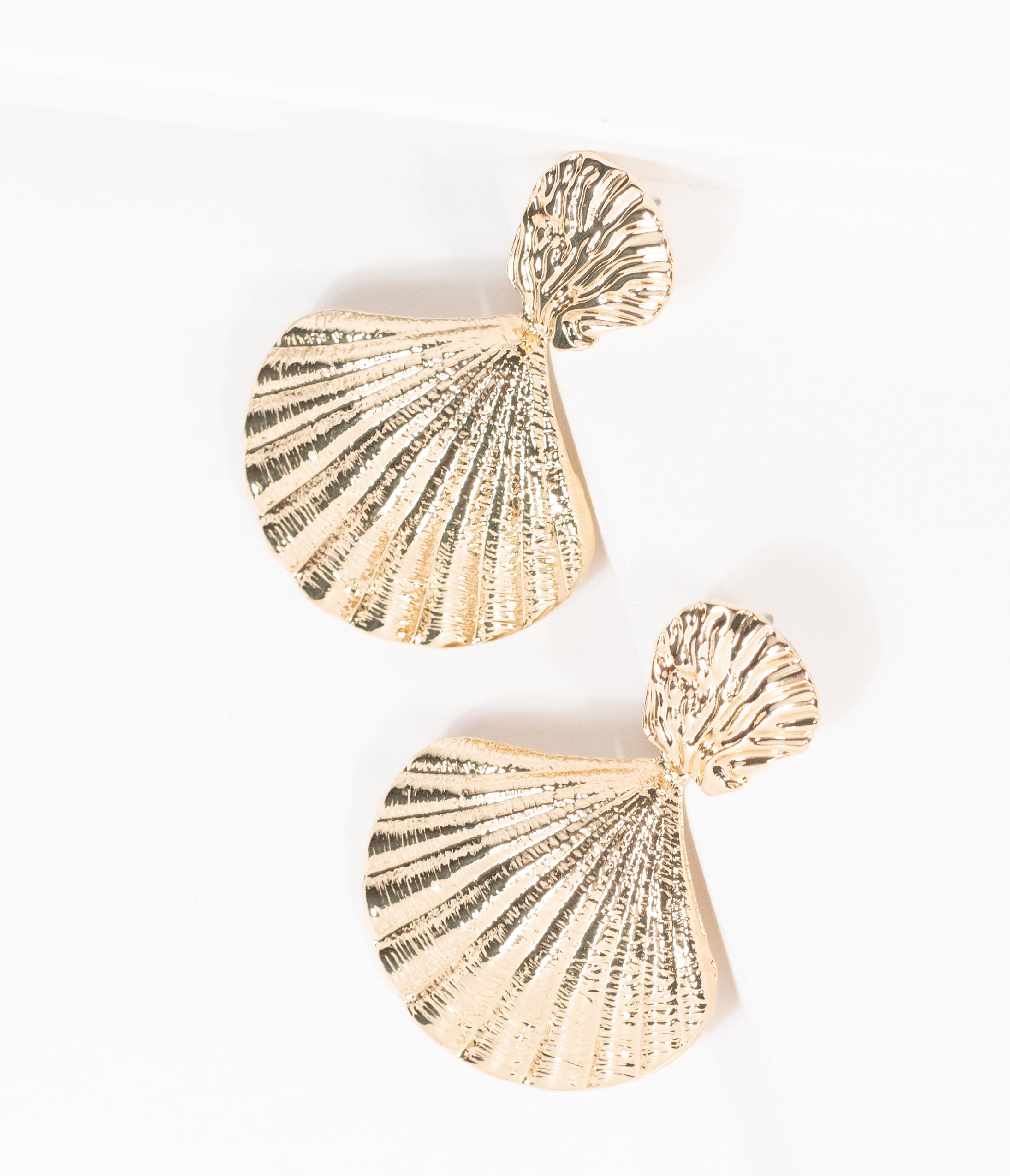 Vintage Style Jewelry, Retro Jewelry Gold Scallop Seashell Earrings $22.00 AT vintagedancer.com