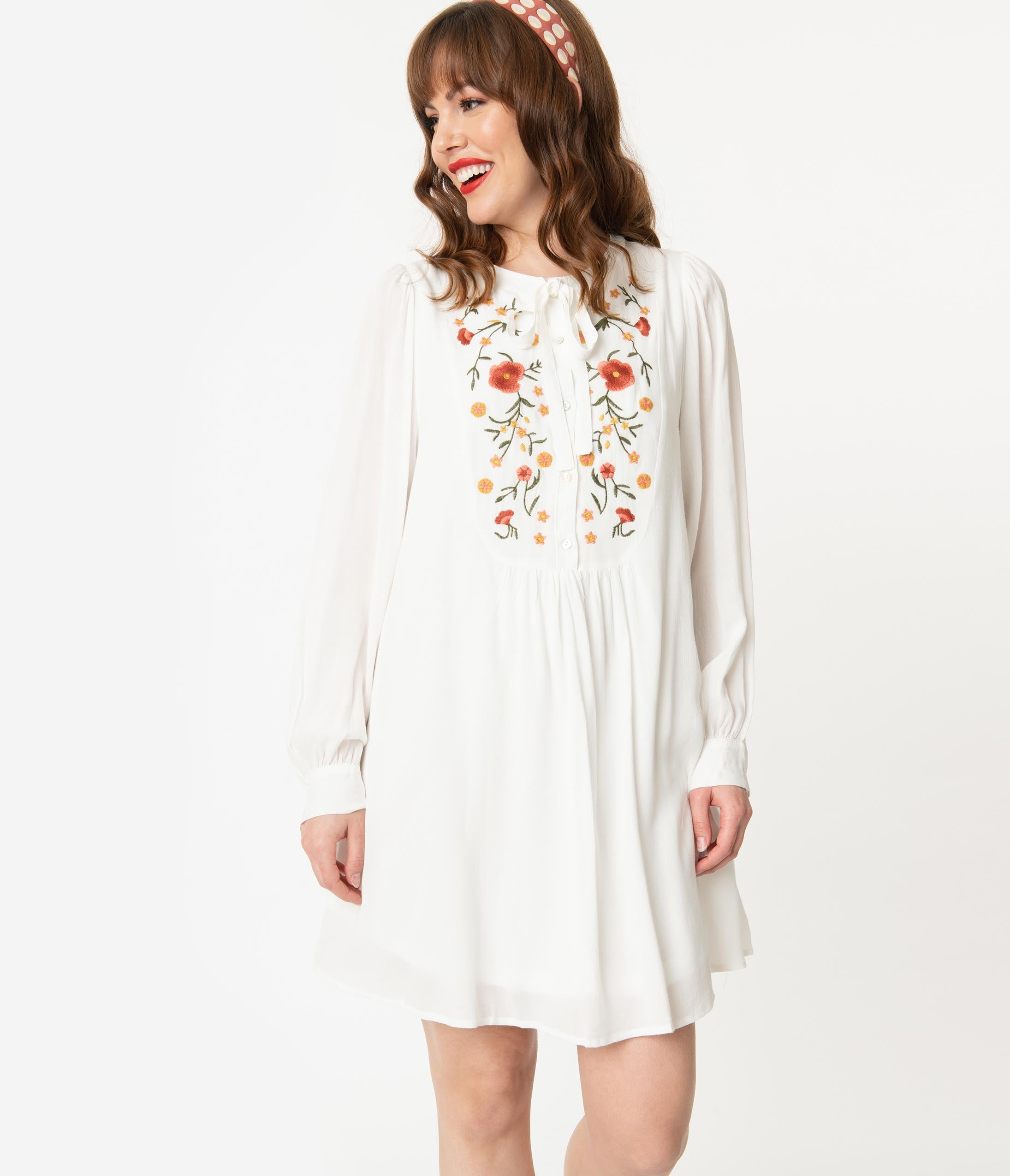 Vintage Evening Dresses and Formal Evening Gowns Retro Style Off White Floral Embroidered Tunic Dress $68.00 AT vintagedancer.com