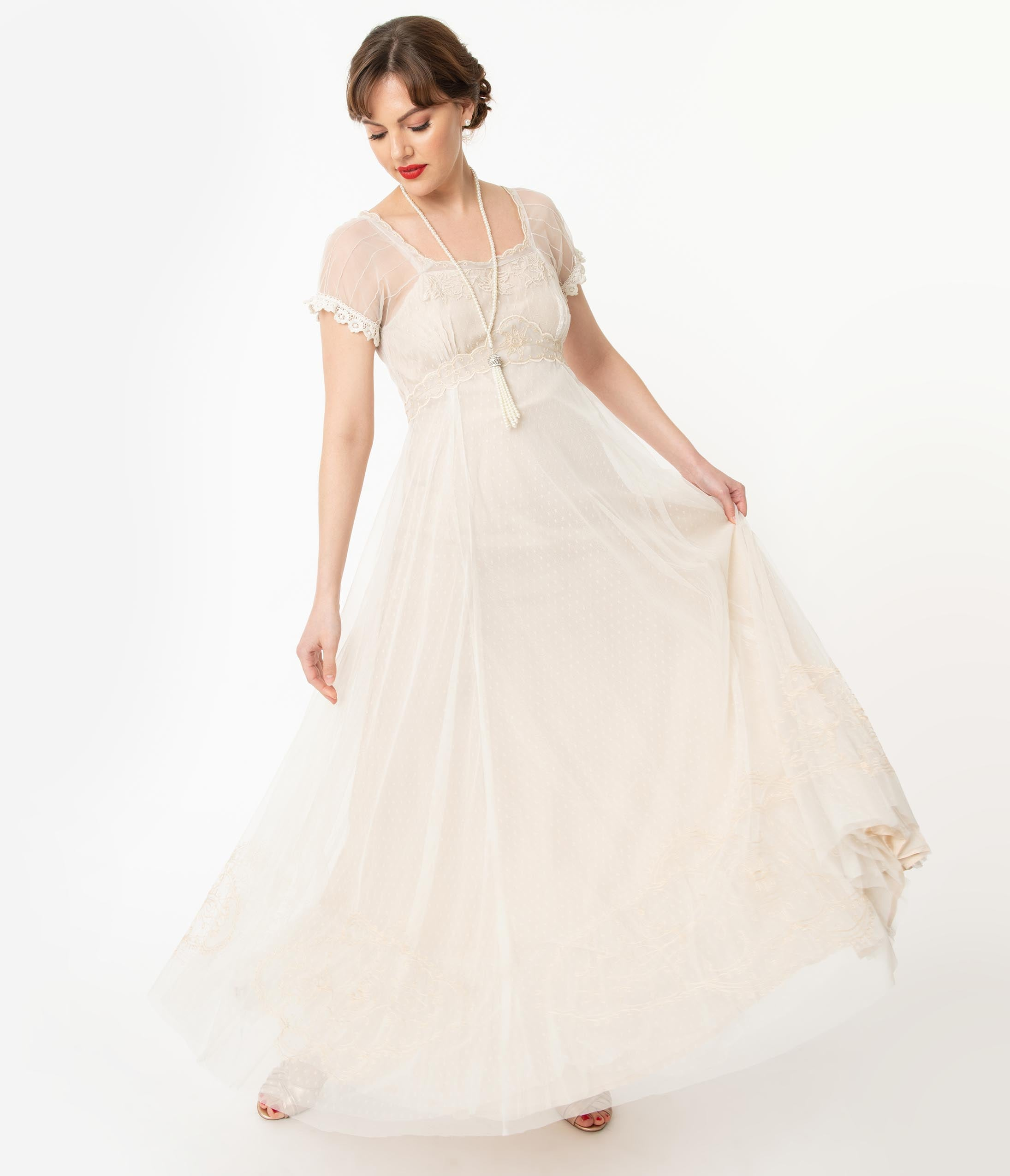 1900 -1910s Edwardian Fashion, Clothing & Costumes Vintage Style Ivory  Beige Edwardian Wedding Dress $378.00 AT vintagedancer.com