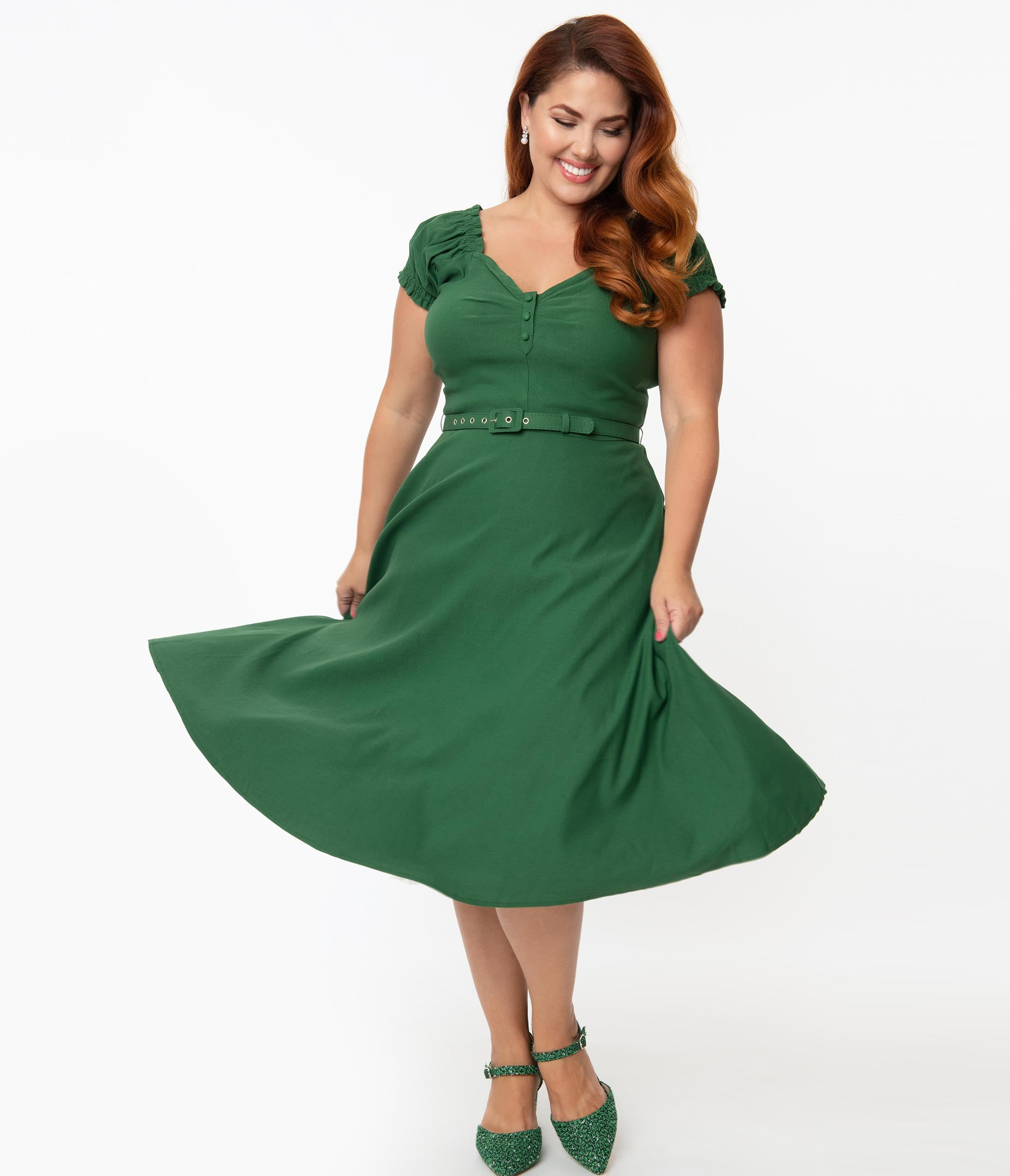 1940s Plus Size Fashion: Style Advice from 1940s to Today Unique Vintage Plus Size 1950S Emerald Ohara Swing Dress $78.00 AT vintagedancer.com