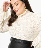 Unique Vintage Plus Size 1940s Ivory Lace Ruff Collar Donna Blouse