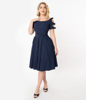 Swing-Skirt Below the Knee Back Zipper Cutout Fitted Belted Vintage Bateau Neck Short Sleeves Sleeves Dress With a Bow(s)
