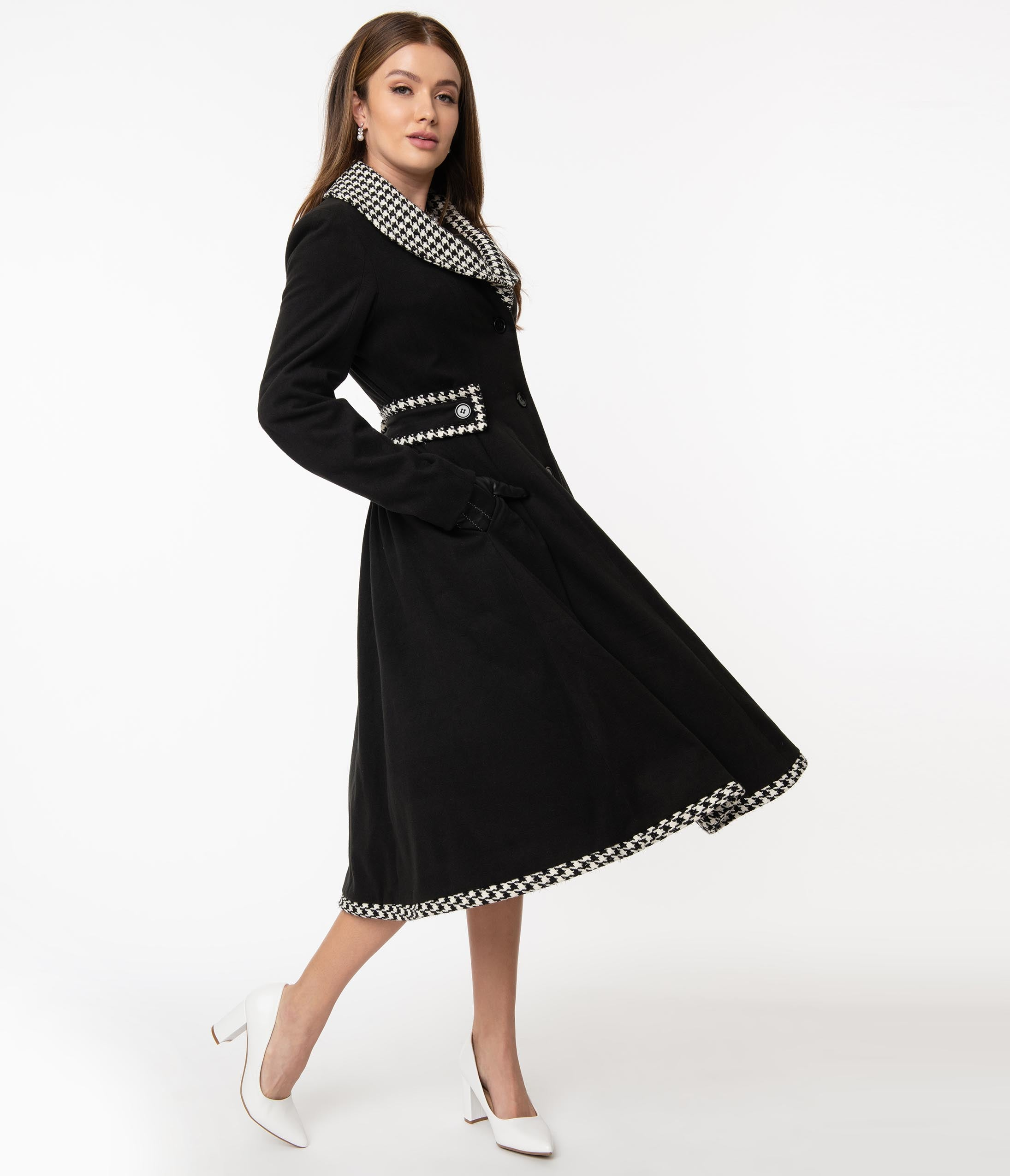 1950s Jackets, Coats, Bolero | Swing, Pin Up, Rockabilly Unique Vintage Black  Houndstooth Parkview Swing Coat $158.00 AT vintagedancer.com