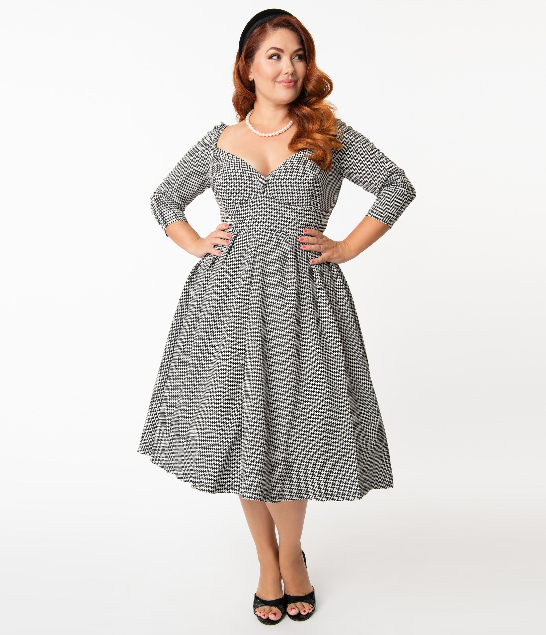 Vintage Style Dresses | Vintage Inspired Dresses Unique Vintage Plus Size Black  White Houndstooth Lamar Swing Dress $98.00 AT vintagedancer.com
