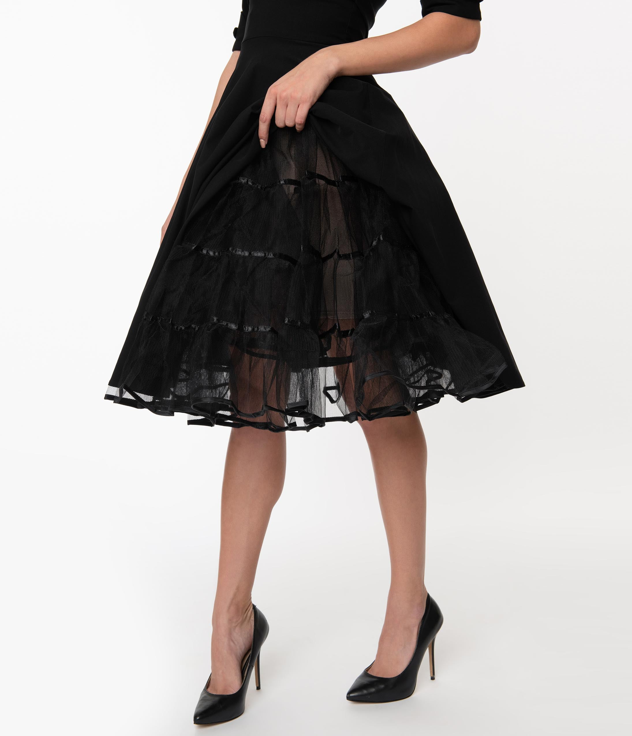 What Did Women Wear in the 1950s? 1950s Fashion Guide 1950S Style Black Tulle Petticoat Crinoline $58.00 AT vintagedancer.com