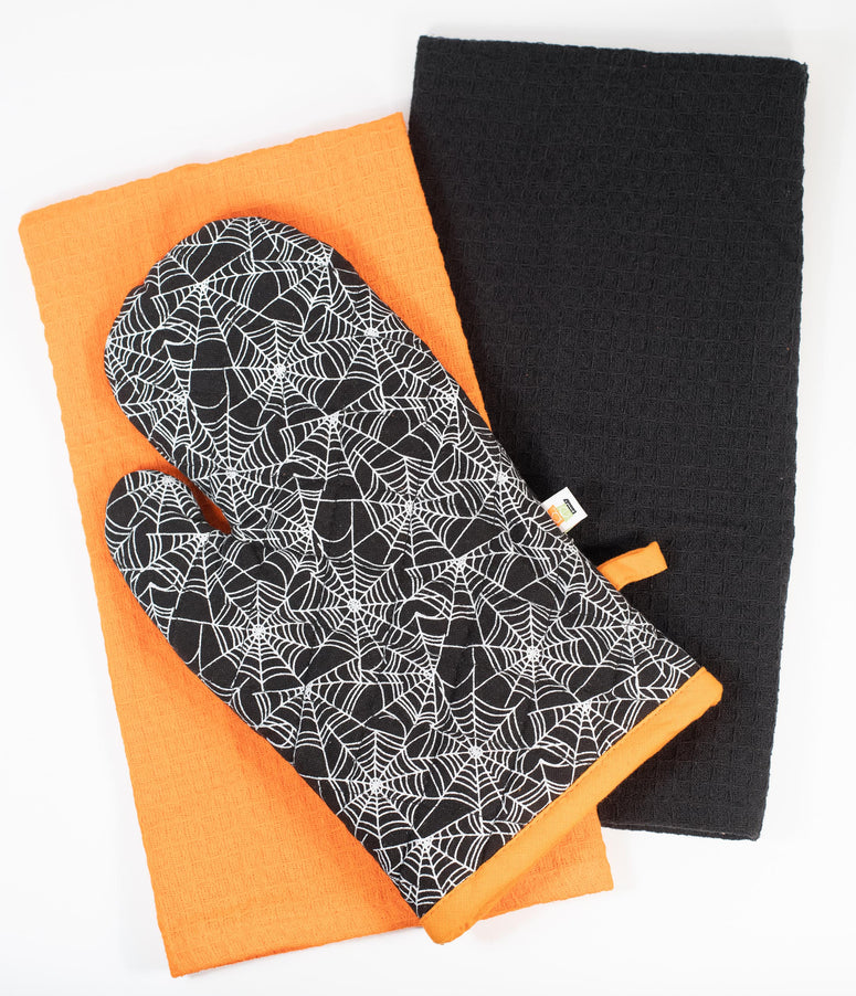 Black Spiderweb Oven Mitt & Dish Towel Set