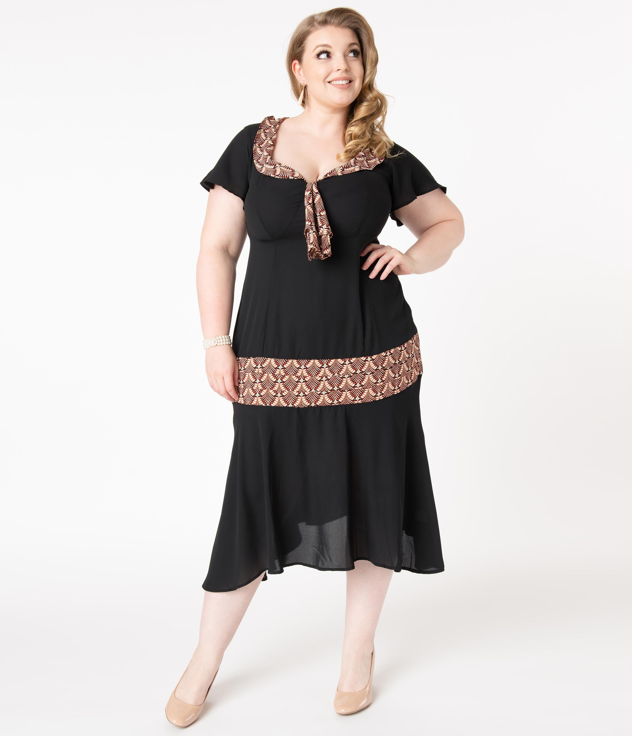 1920s Plus Size Flapper Dresses, Gatsby Dresses, Flapper Costumes Unique Vintage Plus Size 1920S Black  Deco Print Wilshire Flapper Day Dress $78.00 AT vintagedancer.com