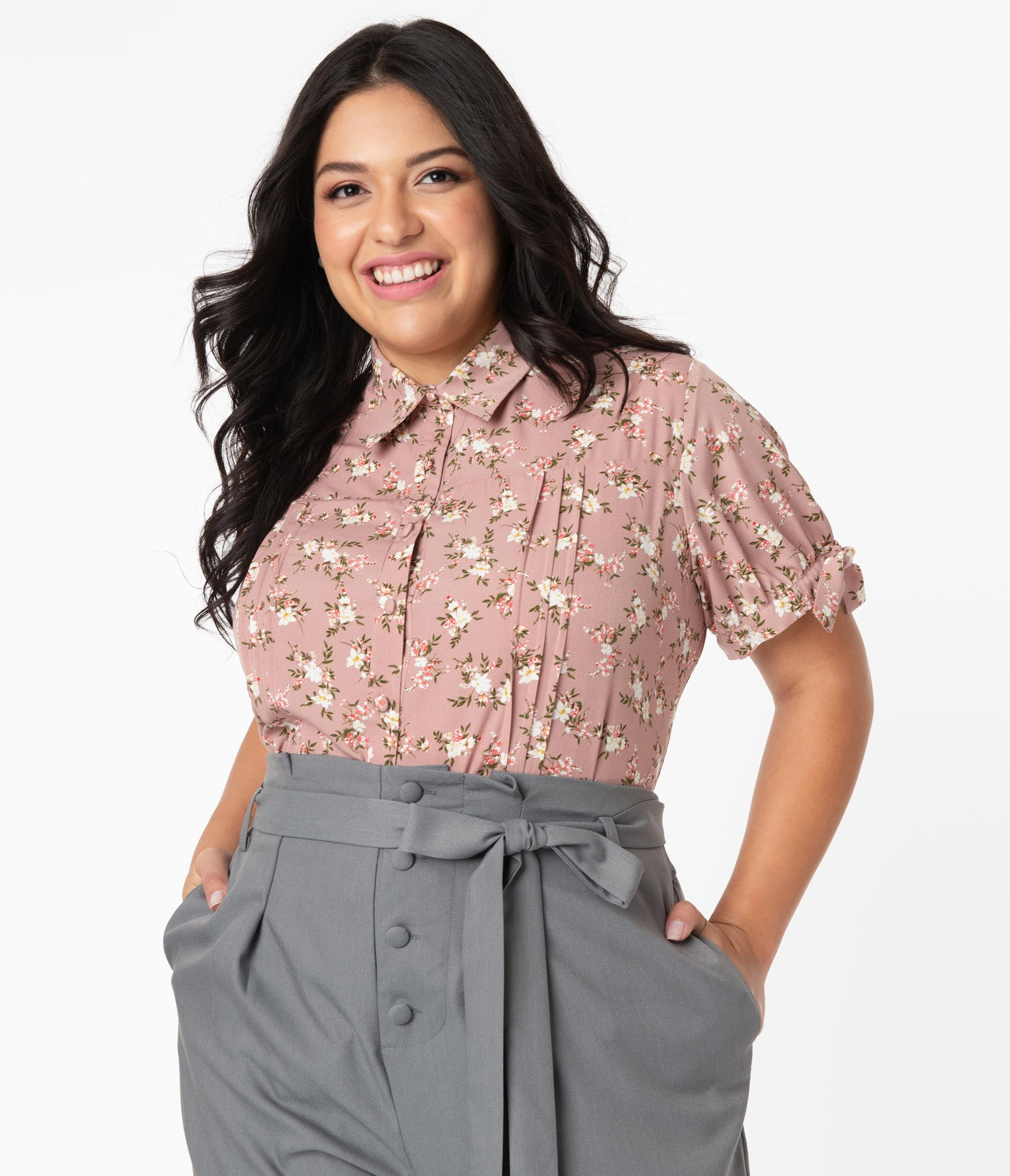 1940s Plus Size Fashion: Style Advice from 1940s to Today Unique Vintage Plus Size Rose Pink Floral Print Colvin Blouse $48.00 AT vintagedancer.com