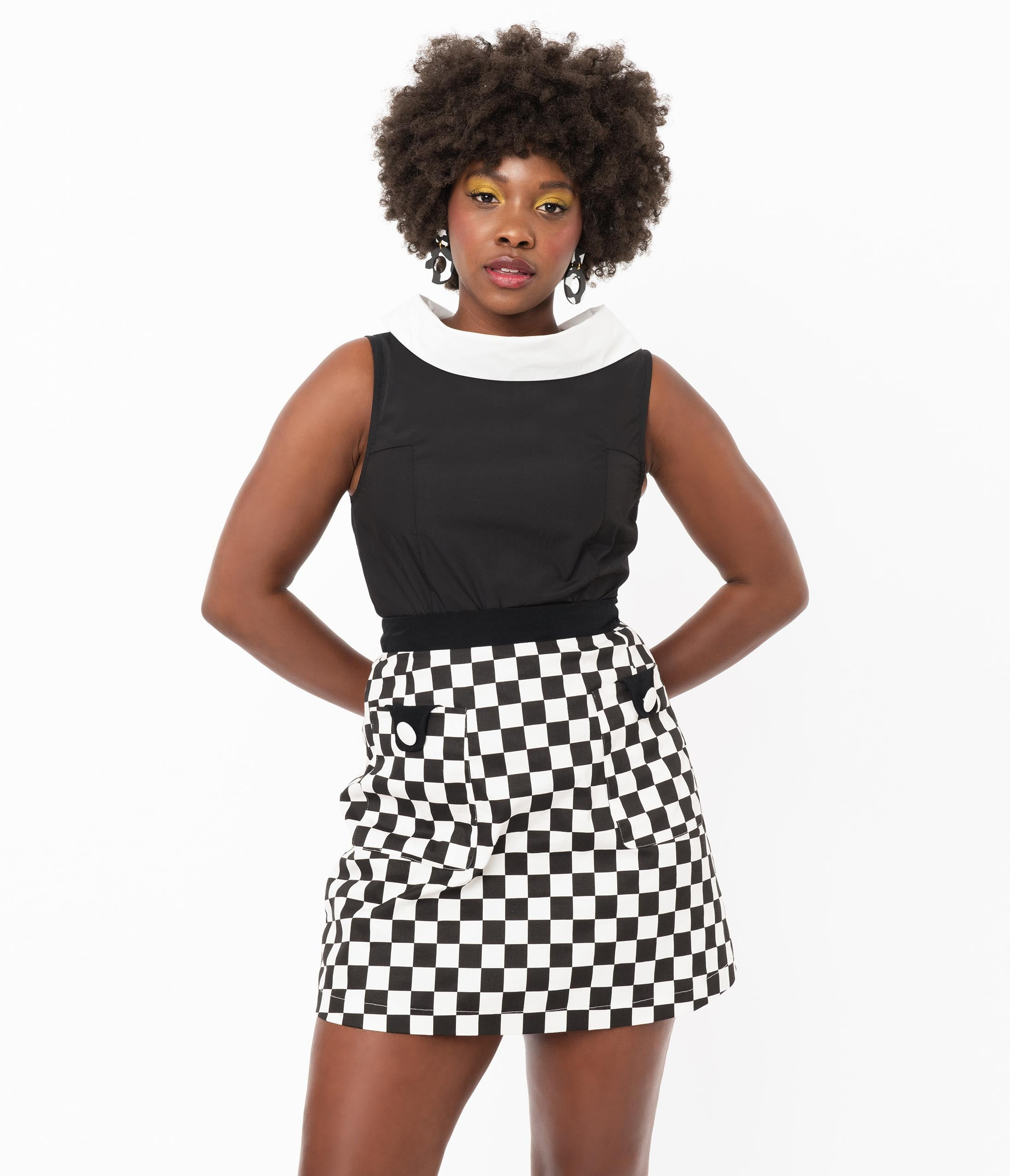 1960s Style Clothing & 60s Fashion Smak Parlour Black  White Checkered Mod Skirt $48.00 AT vintagedancer.com