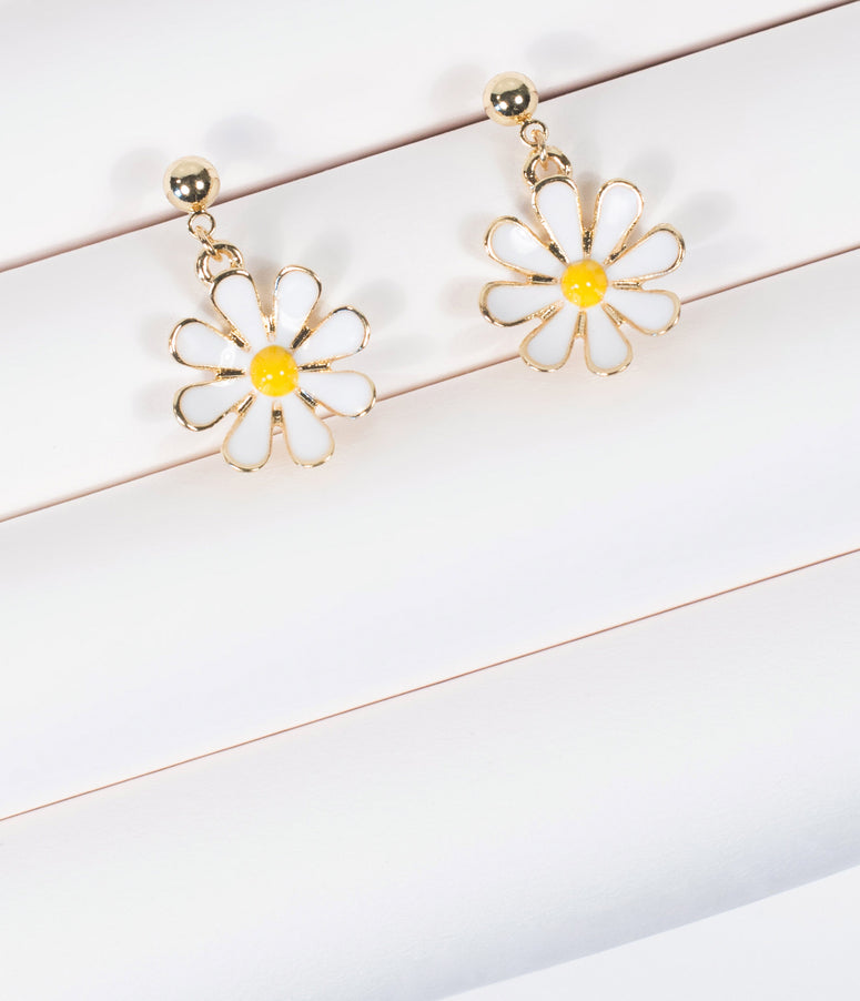 Unique Vintage Daisy Drop Earrings