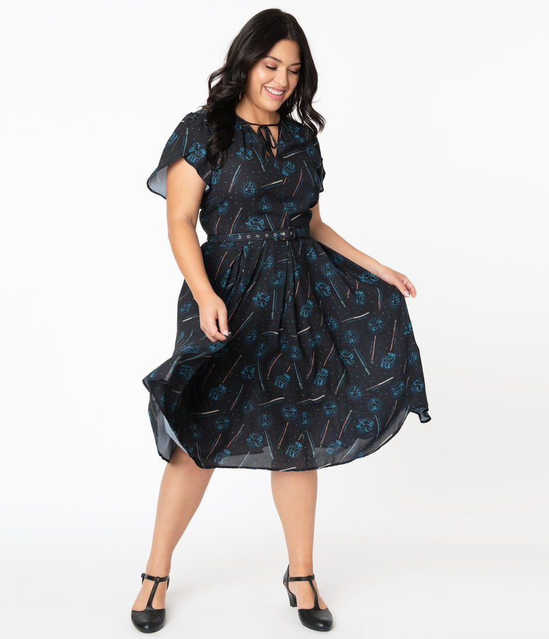 Harry Potter x Unique Vintage Plus Size Patronus Print Dahlia Midi Dress